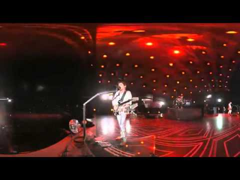 Muse – Uprising (live from Wembley Stadium)