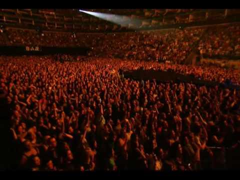 Nickelback – Burn It To The Ground